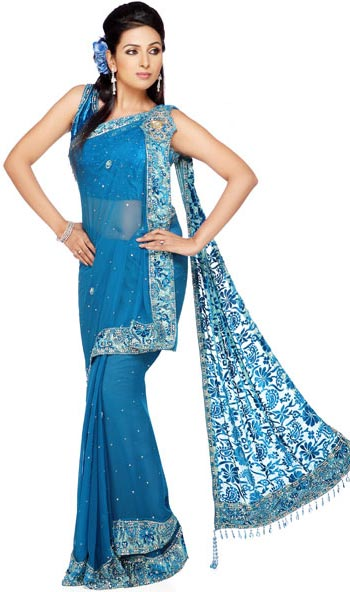 saree and pallu drape style 12