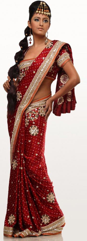 saree and pallu drape style 23