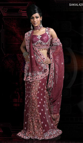 saree and pallu drape style 4