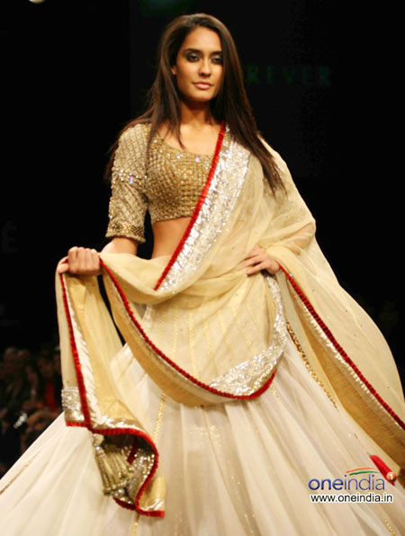 Salwar suit Lakme fashion week 2010
