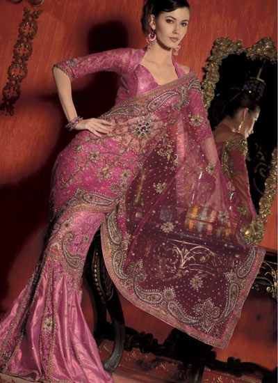 Pink saree with embroidered booti's