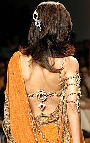 Shilpa Shetty wearing a beautiful Jeweled Blouse back