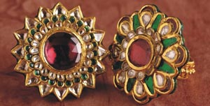 Charming jadau earrings