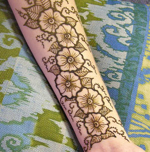 arm mehndi design