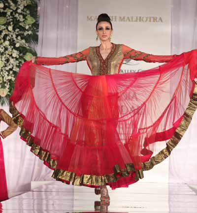 Long anarkali salwar kameez by Manish Malhotra