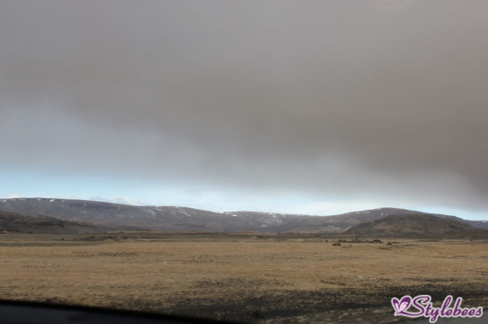 Iceland volcanic-ashes-spread-in-the sky 11