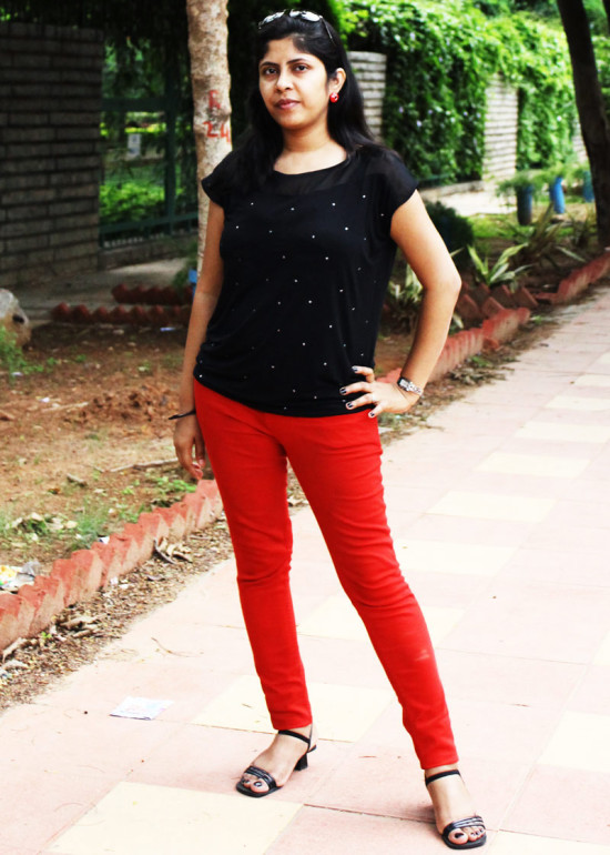 red-jeans-with-black-top-1