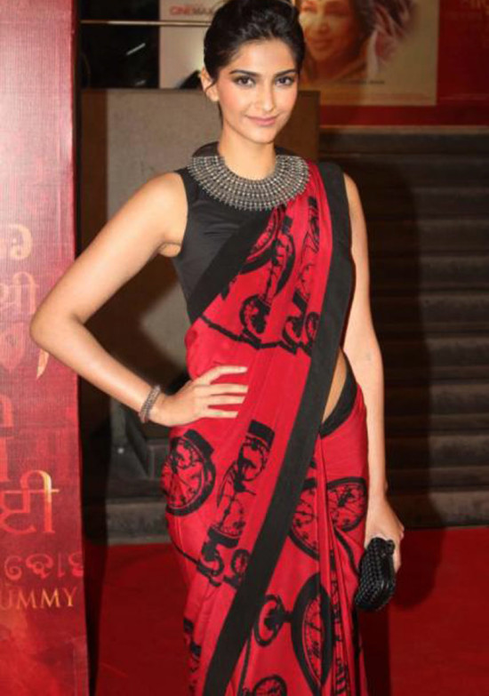 saree-with-red-and-black-print 15