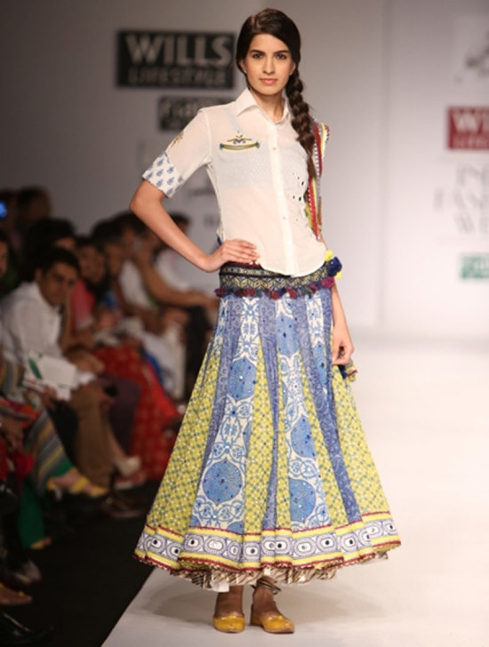 poonam-dubey in will india fashion week ss14