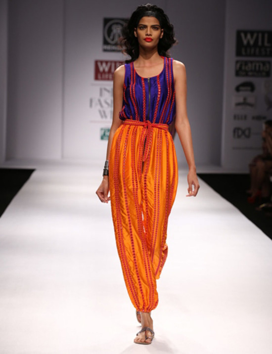 rehane in wills india fashion week ss14