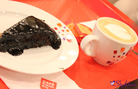 cafe coffee day hot coffee and cake