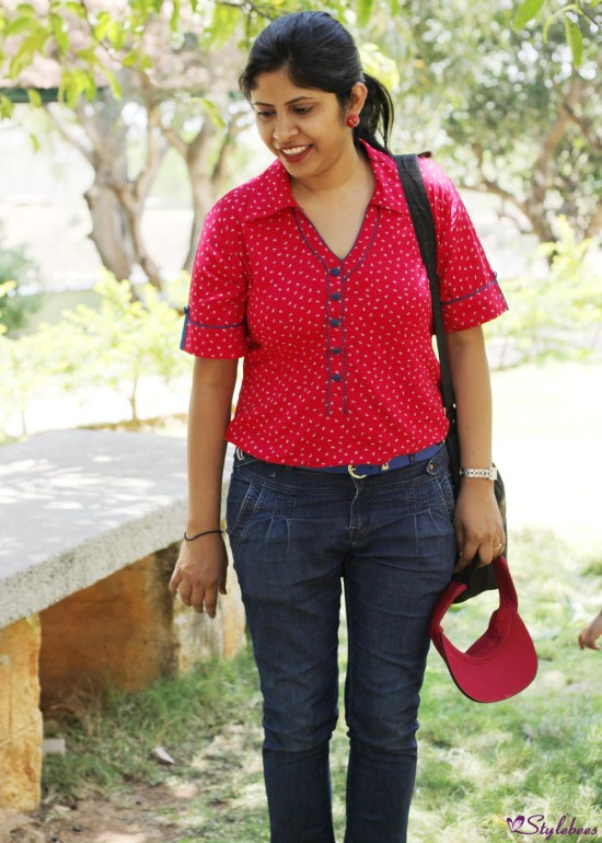 Red shirt with jeans